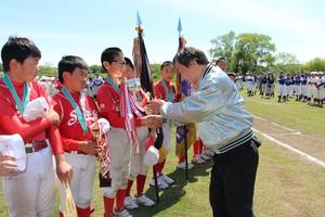東京調布むらさきロータリークラブ旗 第43回調布市少年野球連盟春季大会